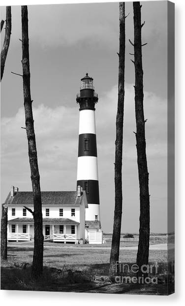 Bodie Island Lighthouse In The Outer Banks Canvas Print