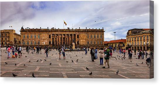 Bogota, Colombia: Parliament Building On Plaza Bolivar; Overcast Afternoon. Canvas Print by Devasahayam Chandra Dhas