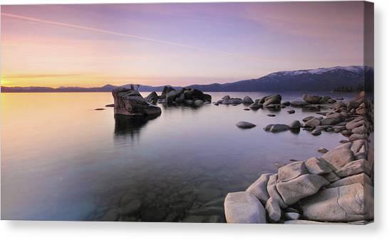 Bonsai Rock, North Lake Tahoe - Usa Canvas Print