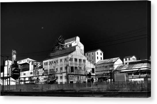 Borax Building  Trona Ca Canvas Print