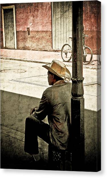 Bourbon Cowboy In New Orleans Canvas Print by Ray Devlin