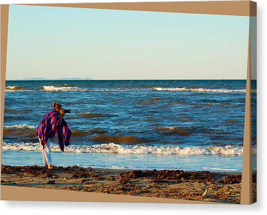 Braving For That Perfect Shot Canvas Print