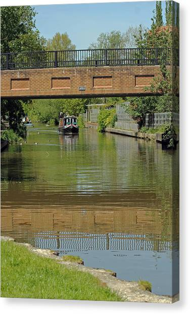 Bridge 238b Oxford Canal Canvas Print