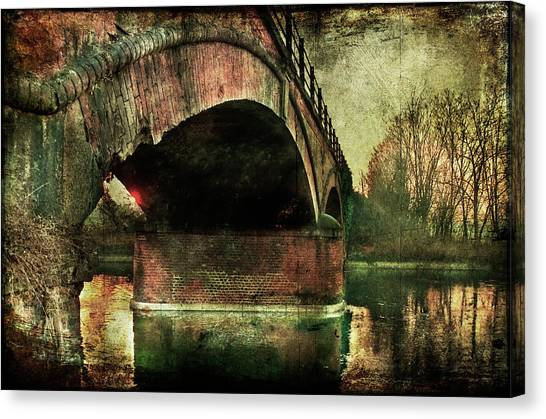 Bridge Over The Canal Canvas Print