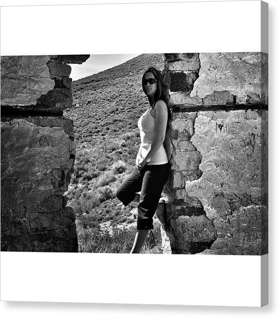 Offroading Canvas Print - @brieannakelly Taking Time To Help Me by James Crawshaw