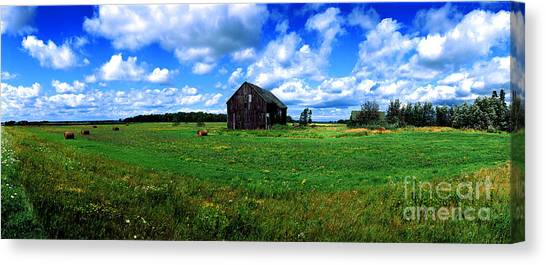 Brimley Farm Near  Sault Ste Marie Michigan  Canvas Print