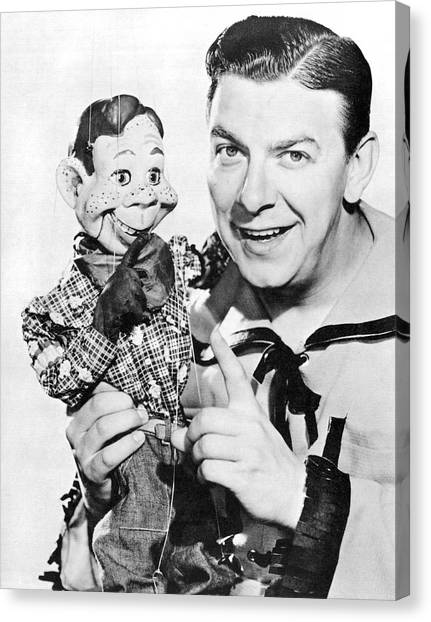 Casual Canvas Print - Buffalo Bob And Howdy Doody by Underwood Archives