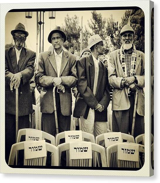 Israeli Canvas Print - B&w by Erez Ben Simon