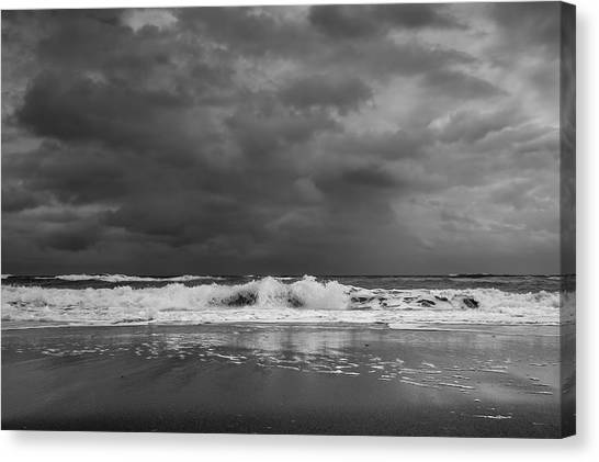 Bw Stormy Seascape Canvas Print