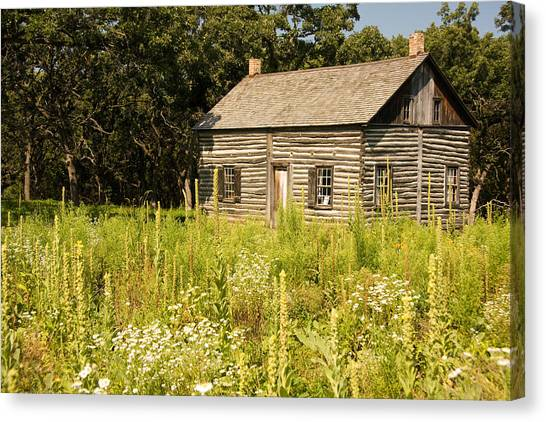Cabin In The Prairie Canvas Print