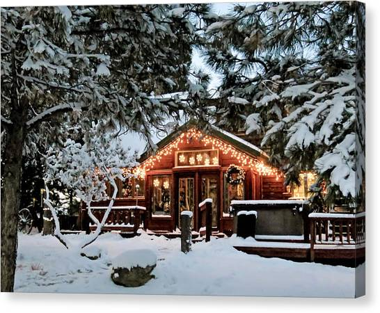 Cabin With Christmas Lights Canvas Print