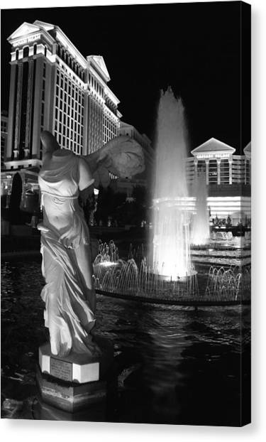 Caesars Fountain Bw Canvas Print