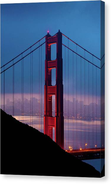 California A Top Global Tourist Canvas Print by George Rose