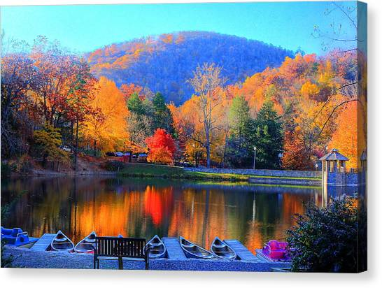 Calm Waters In The Mountains Canvas Print
