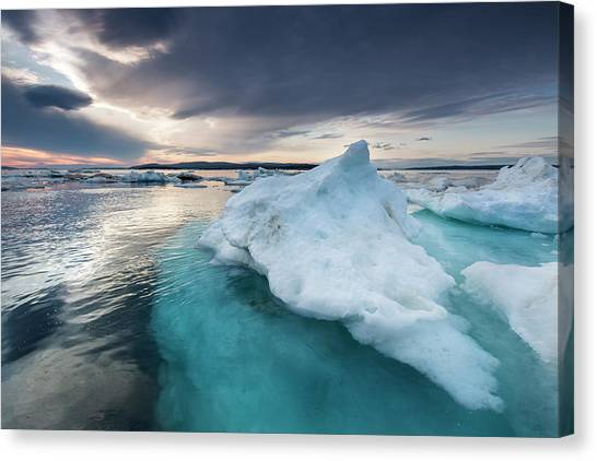 Nunavut Canvas Print - Canada, Nunavut, Territory, Afternoon by Paul Souders
