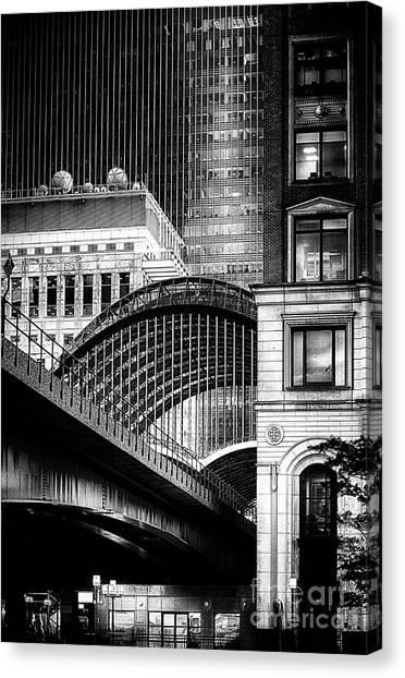 Canary Wharf Noir3 Canvas Print