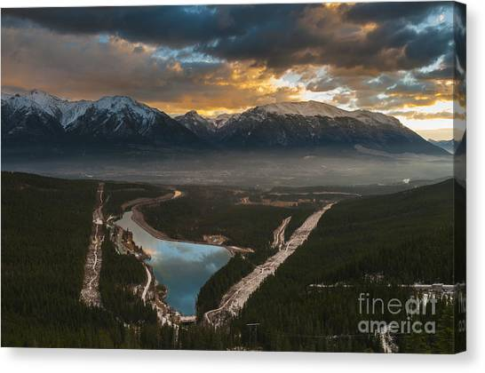 Canmore Sunrise Canvas Print by Ginevre Smith