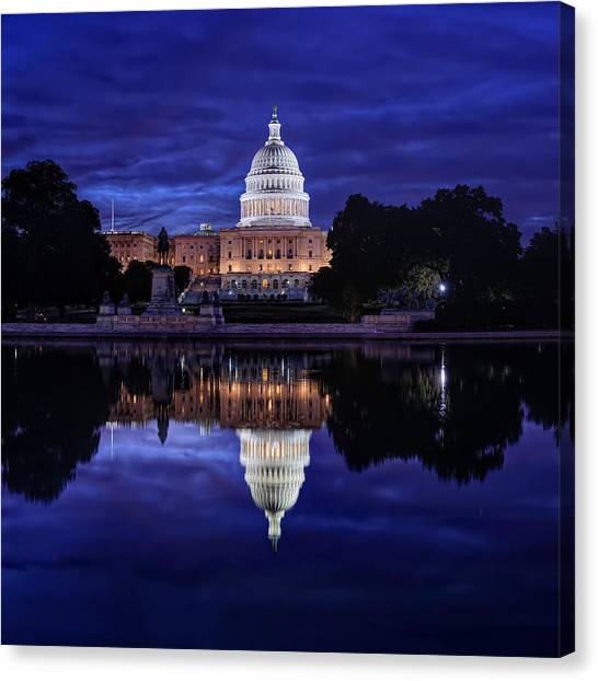 Capitol Morning Canvas Print