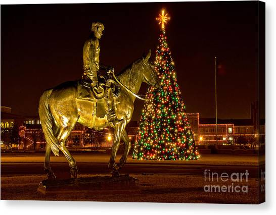 Canvas Print featuring the photograph Carol Of Lights by Mae Wertz