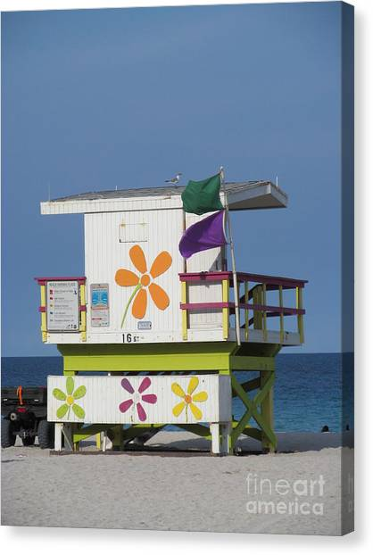 Casita De Playa Canvas Print