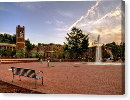 Central Plaza Bench At Wcu Canvas Print