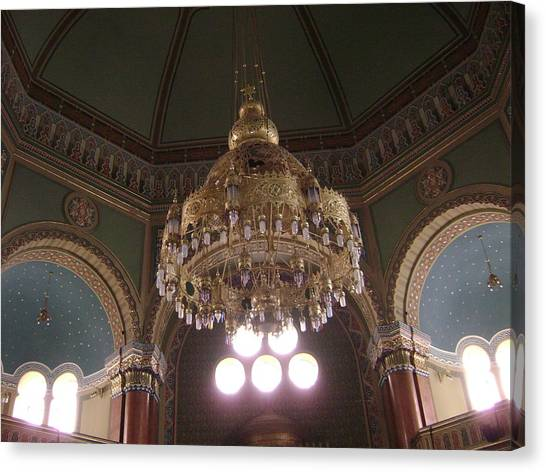Chandelier Of Sofia Synagogue Canvas Print