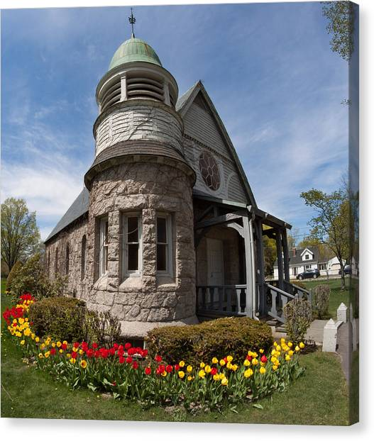 Chapel At Laurel Hill Cemetery Canvas Print