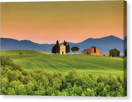 Chapel Of Vitaleta In Tuscany, Val Canvas Print