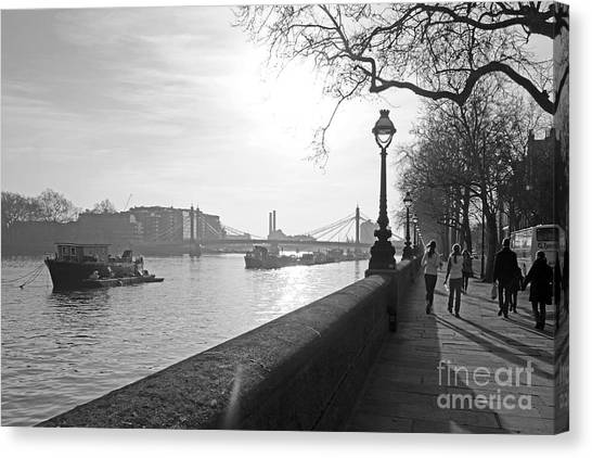 Chelsea Embankment London Uk 3 Canvas Print