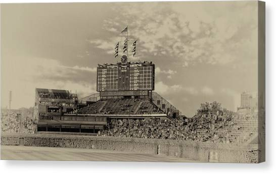 Chicago Cubs Scoreboard In Heirloom Finish Canvas Print