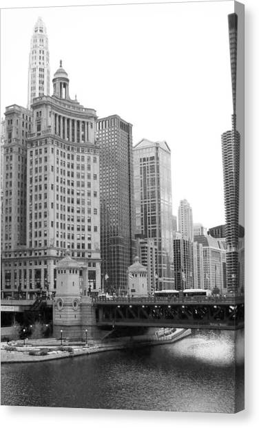 Chicago Downtown 2 Canvas Print