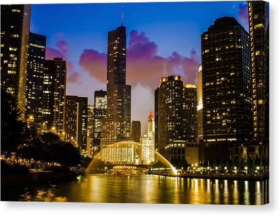 Chicago River Dusk Scene Canvas Print