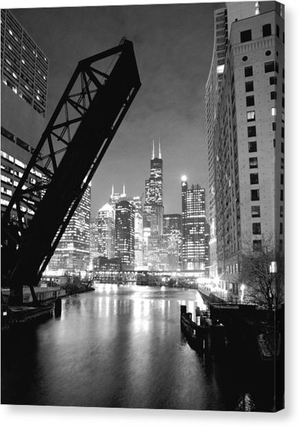 University Of Illinois Canvas Print - Chicago Skyline - Black And White Sears Tower by Horsch Gallery