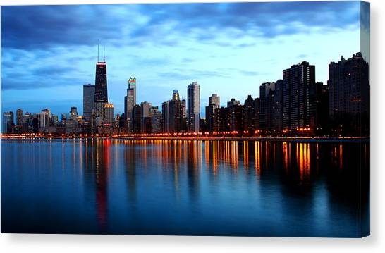 Chicago Skyline Dusk Canvas Print