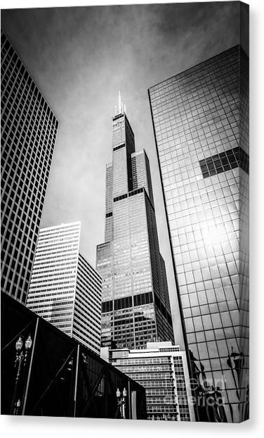 Grant Park Canvas Print - Chicago Willis-sears Tower In Black And White by Paul Velgos