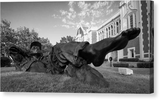 Oklahoma University Canvas Print - Chillin On The North Oval by Nathan Hillis
