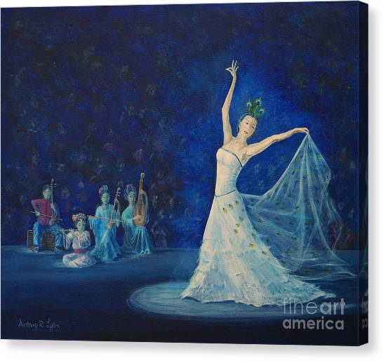 Chinese Peacock Dance-1 Canvas Print