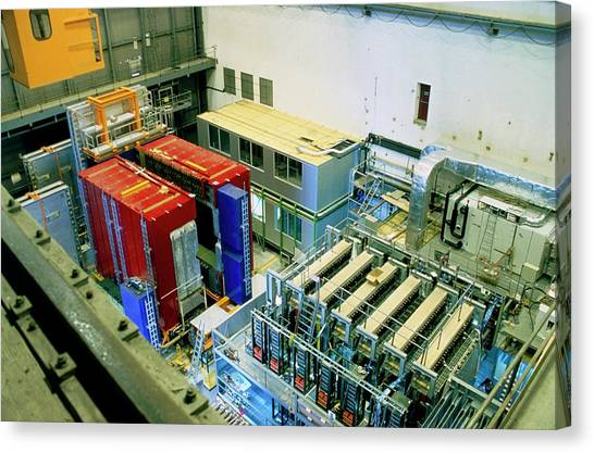 Chorus And Nomad Neutrino Detectors Canvas Print by Cern/science Photo Library