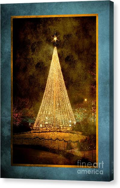 Christmas Tree In The City Canvas Print