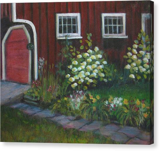 Chuck's Barn Canvas Print