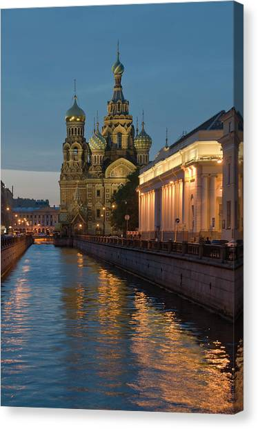 Church Of The Saviour On Spilled Blood Canvas Print