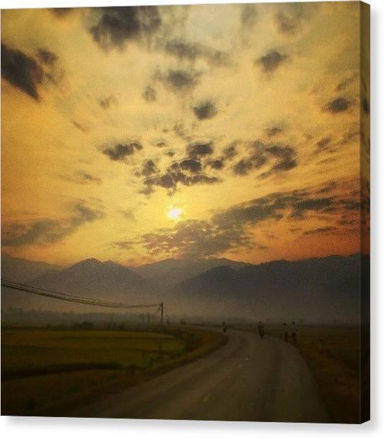 Backpacks Canvas Print - Chuyến Xe đi, đi Rất Lâu. Thấy by An Chung