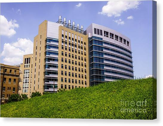 Aac Canvas Print - Cincinnati Children's Hospital Medical Center by Paul Velgos