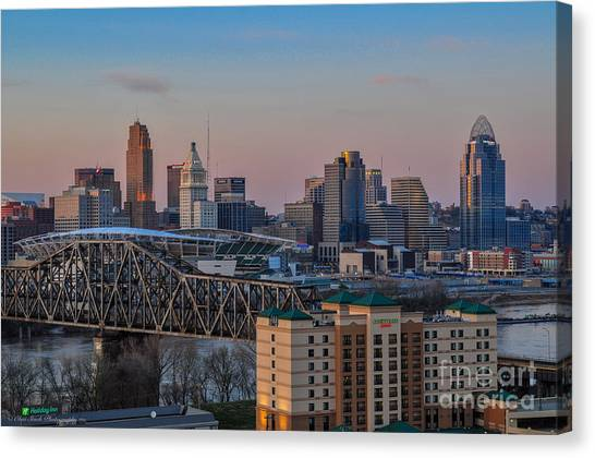 D9u-876 Cincinnati Ohio Skyline Photo Canvas Print