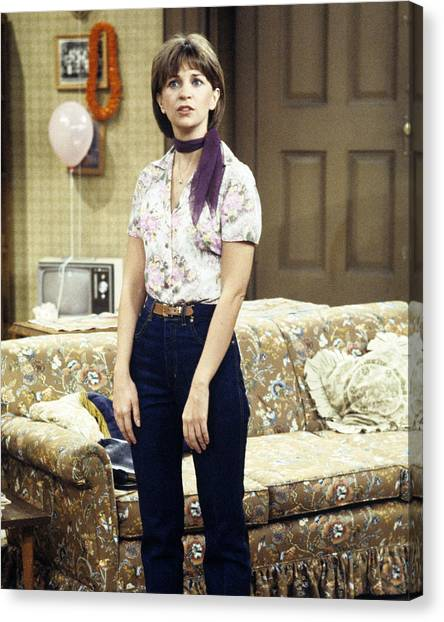 Cindy Canvas Print - Cindy Williams In Laverne & Shirley  by Silver Screen