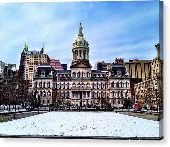 City Hall In Baltimore Canvas Print