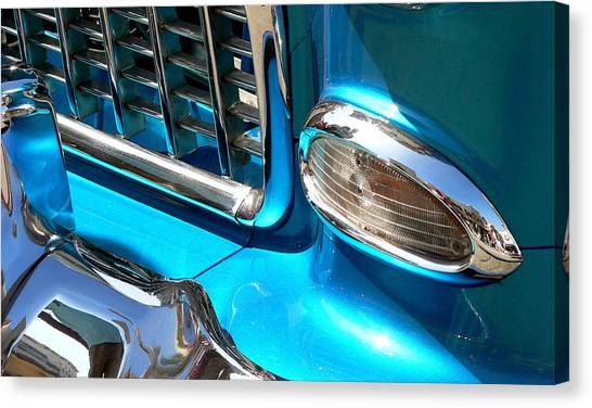 Canvas Print featuring the photograph Classic Car As Art by Jeff Lowe