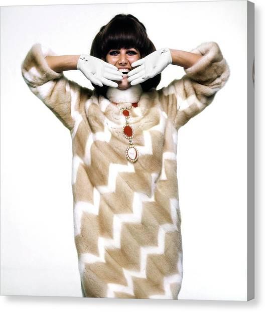 Claudia Cardinale Wearing Emeric Partos Canvas Print by Bert Stern