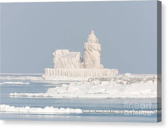 Cleveland Harbor West Pierhead Light II Canvas Print