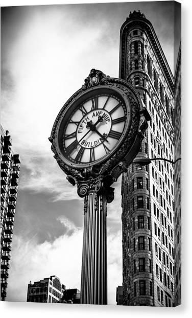 Clock Of Fifth Avenue Building Canvas Print